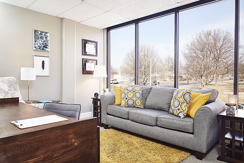 Hampton & 44 Therapy Office
