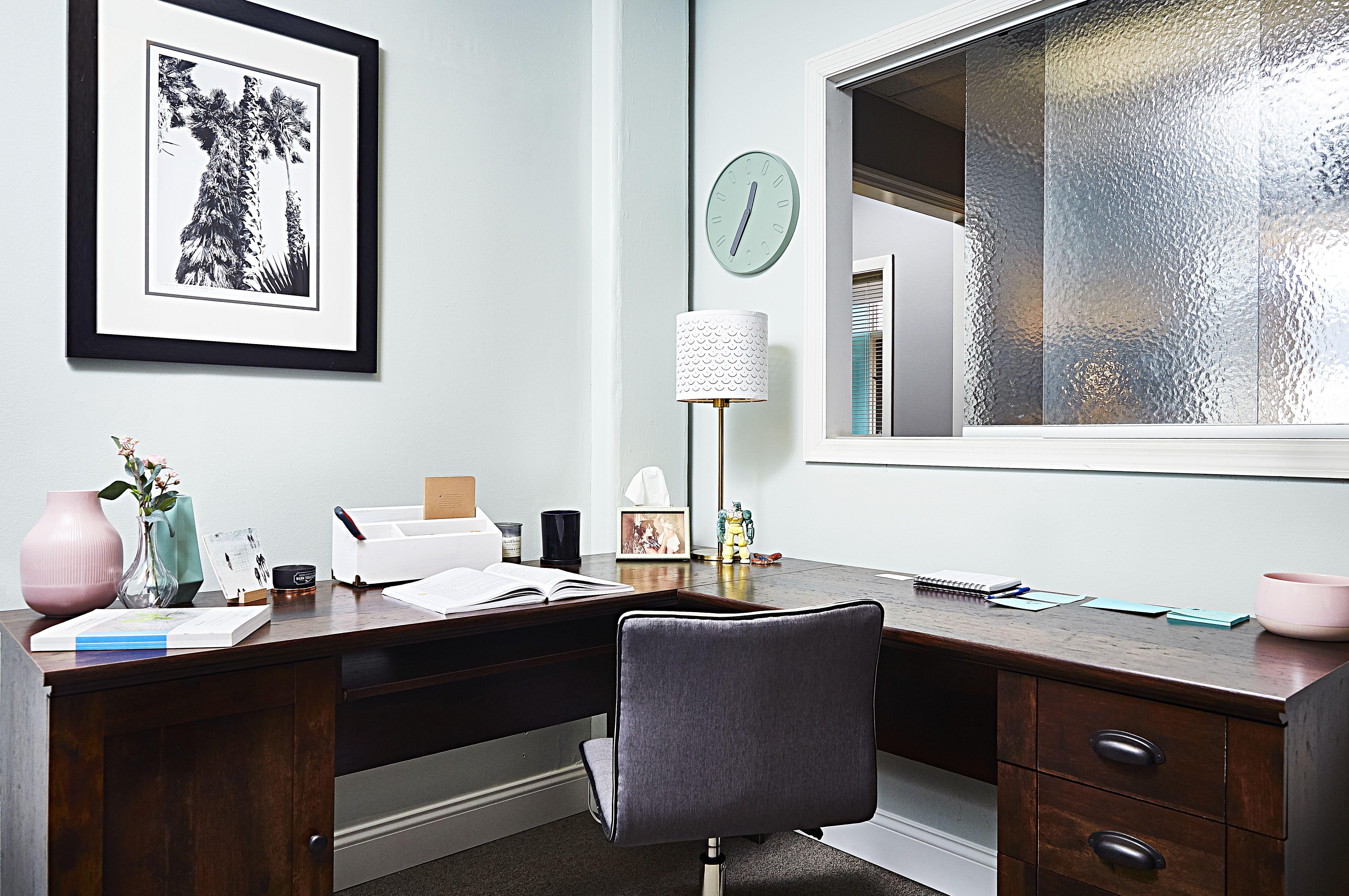 Hampton & 44 Client Liaison Office
