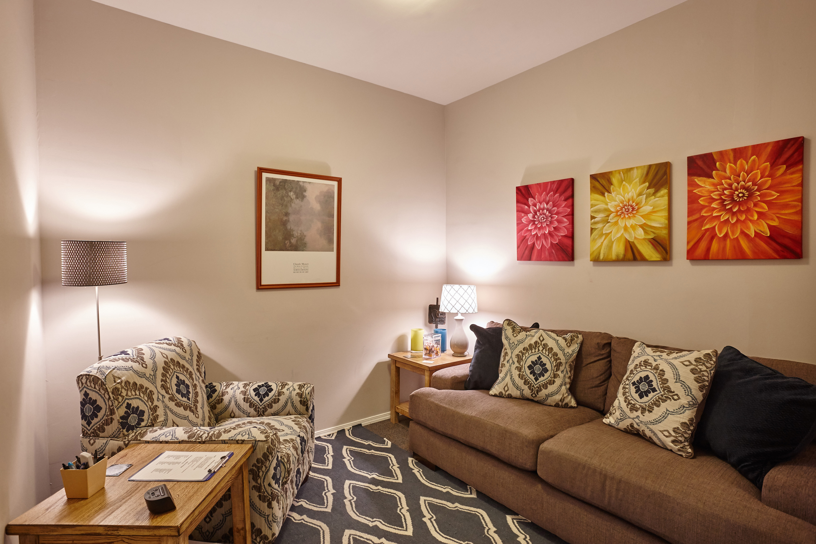 South Kingshighway Therapy Room